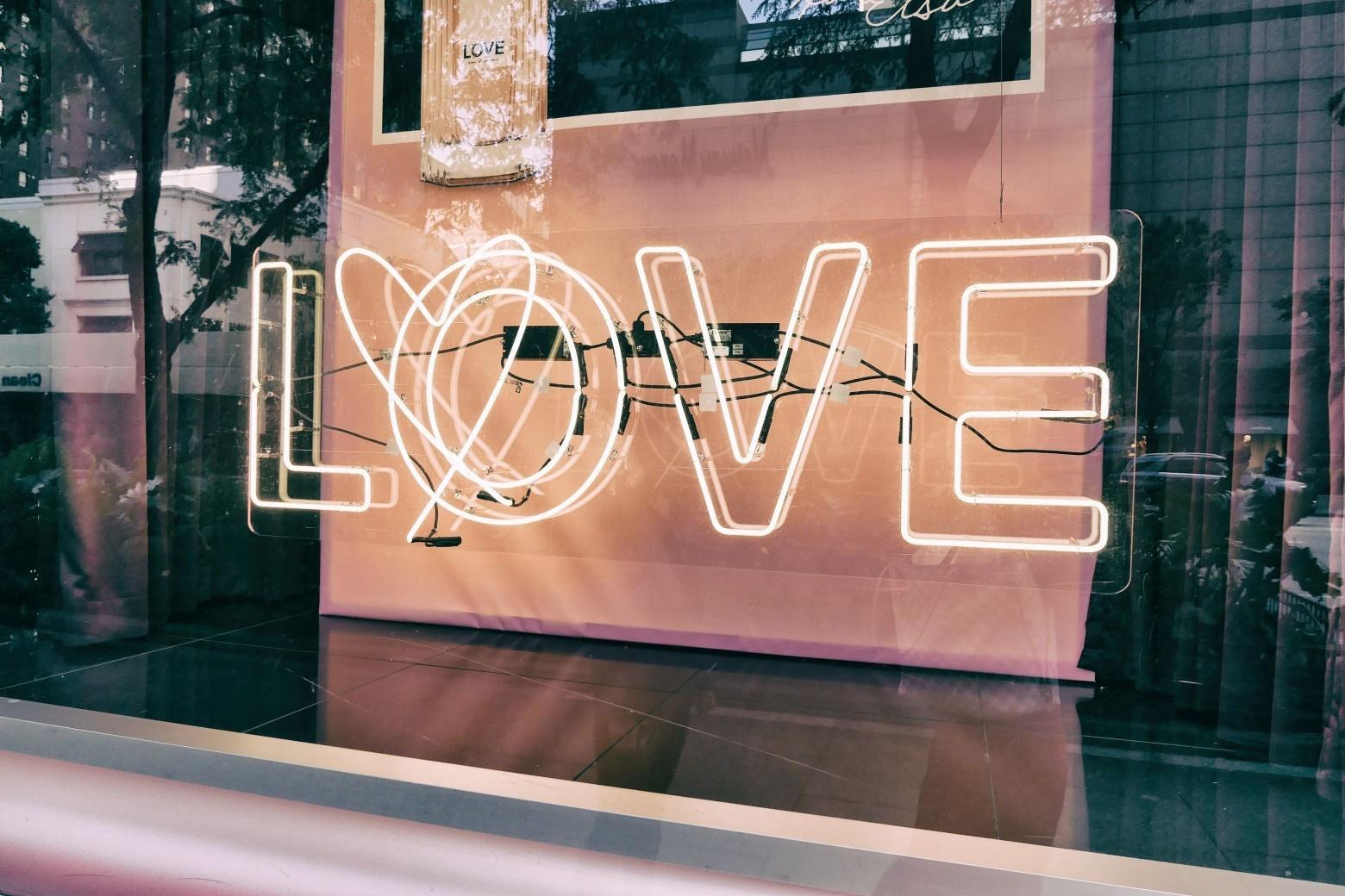 你給的是對方要的?《愛之語》學會五種愛的語言,讓相處更省力